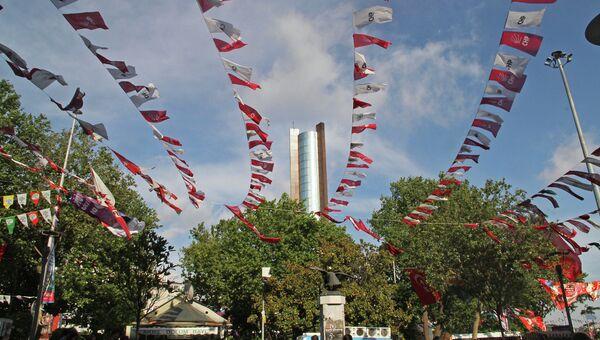 Предвыборная агитация на улице в Стамбуле, Турция