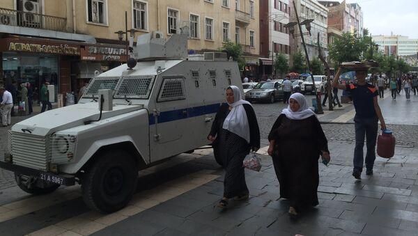 Турецкая полиция в курдском городе Диярбакыре