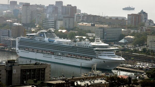 Круизный лайнер во Владивостоке