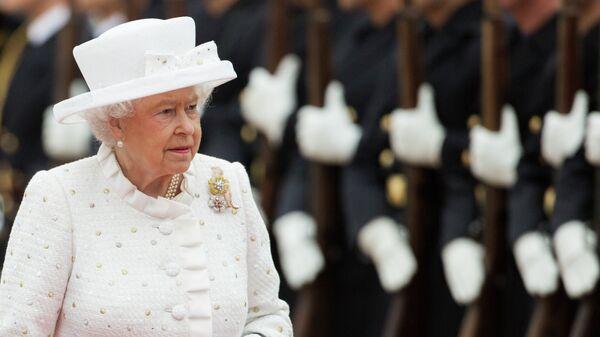 Королева Великобритании Елизавета II во время официального визита в Германию