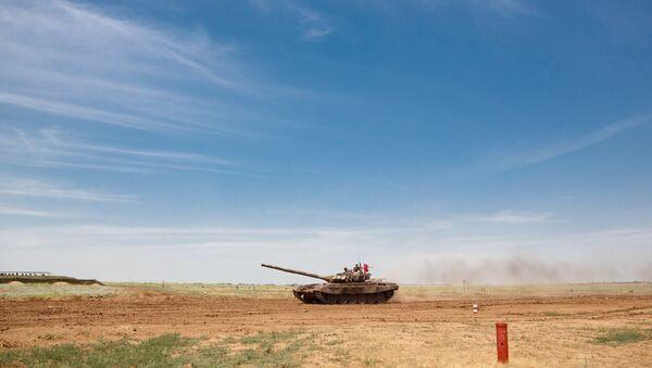Танк Т-72Б3 на всеармейских соревнованиях. Архивное фото