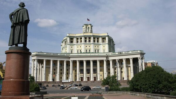 Здание Центрального академического театра Российской армии на Суворовской площади. Архивное фото