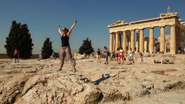 Туристы в Акрополе, Афины