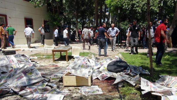 На месте взрыва в турецком городе Суруч. Архивное фото