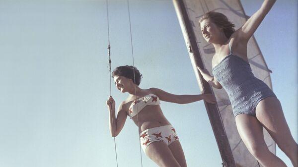 Прогулка на яхте. 1963 год