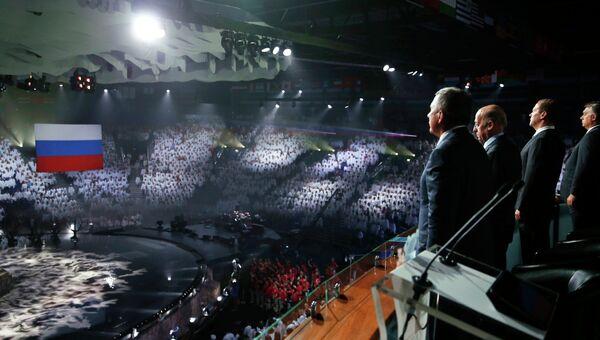 Премьер-министр РФ Д.Медведев на церемонии закрытия XVI чемпионата мира по водным видам спорта в Казани