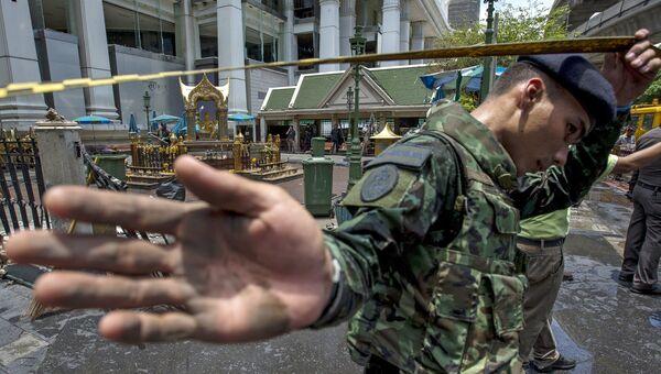 На месте взрыва в туристическом центре Бангкока