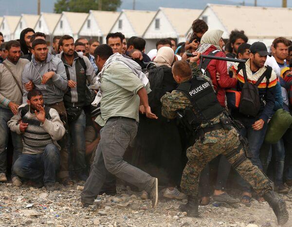 Временный лагерь мигрантов в Македонии