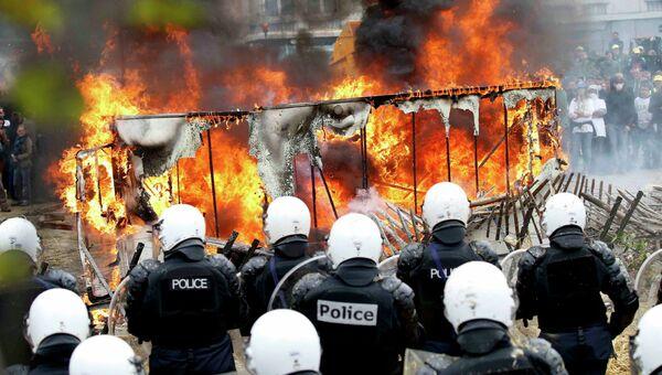 Столкновения между демонстрантами и полицией во время акции протеста фермеров в Брюсселе, Бельгия