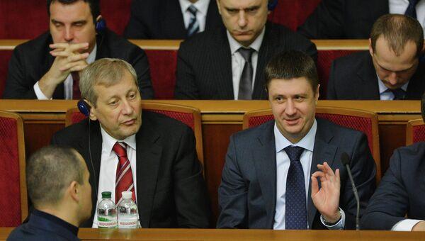 Вице-премьер - министр Украины Валерий Вощевский (слева). Архивное фото