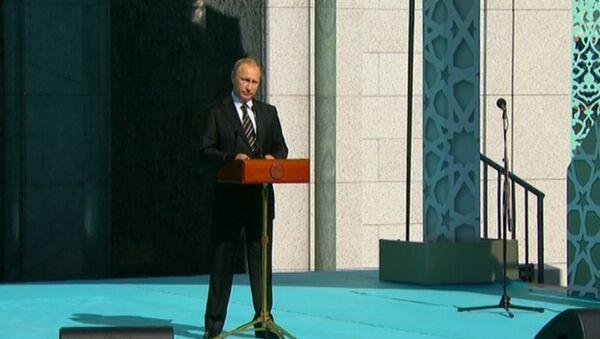 Достойна России – Путин об обновленной Московской соборной мечети