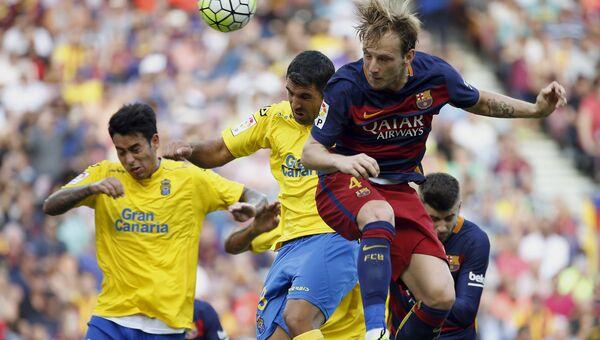 Футболисты Барселоны и Лас-Пальмас в матче 6-го тура чемпионата Испании