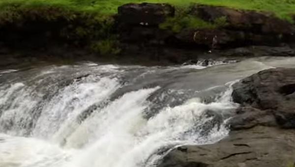 Упорядоченное буйство воды