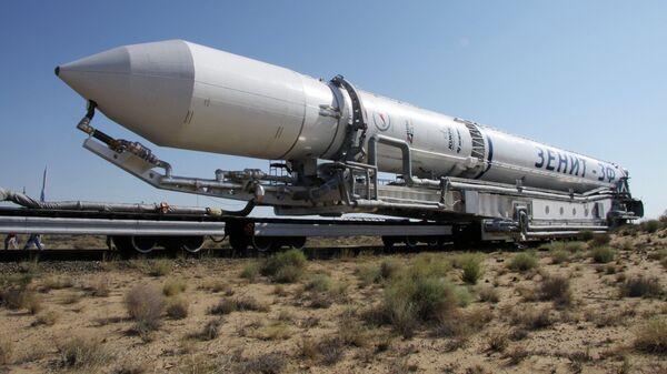 Вывоз ракеты космического назначения Зенит