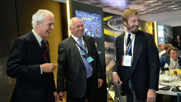 Гости Гран-при России (слева направо): Марко Тронкетти (Пирелли), Сергей Чемезов (Ростехнологии), герцог Аймоне ди Савойя Аоста (Пирелли Тайр Руссия)