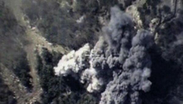 ВКС России уничтожили склады боеприпасов отряда боевиков ИГ. Архивное фото