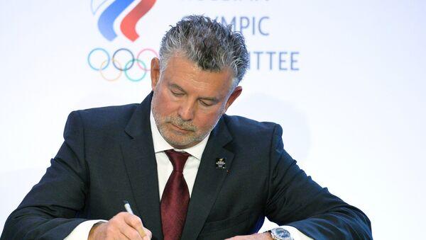 Президент Всемирной ассоциации олимпийцев (WOA) Жоэль Бузу на первом Всемирном форуме олимпийцев в Москве