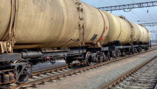 Перевозка нефти. Архивное фото