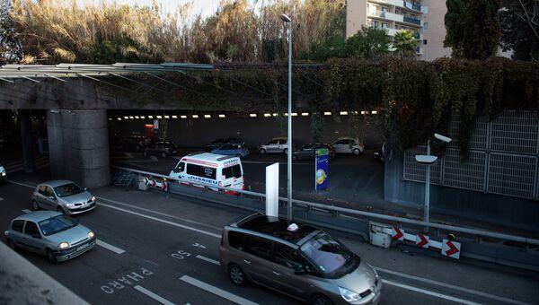 На месте перестрелки в дорожном туннеле недалеко от Старого порта в Марселе, Франция