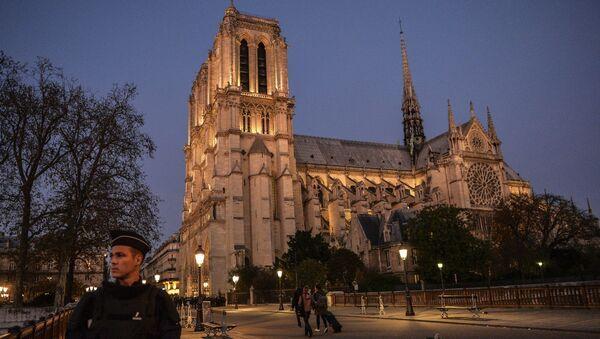 Собор Парижской Богоматери. Архивное фото