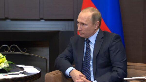 Путин назвал ударом в спину атаку ВВС Турции на российский самолет Су-24