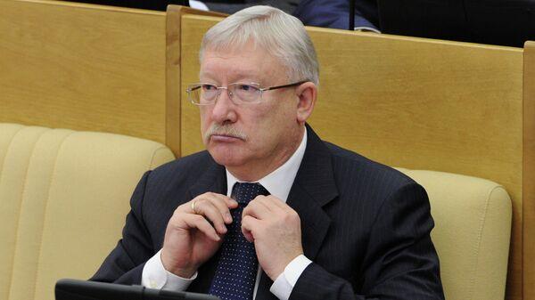 Сенатор Олег Морозов