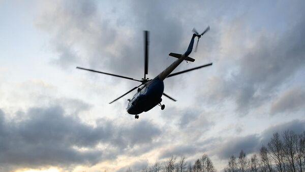 Вертолет Ми-8 в небе. Архивное фото