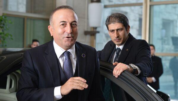 Министр иностранных дел Турции Мевлют Чавушоглу. 13 декабря 2015