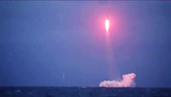 Ракетный подводный крейсер Верхотурье произвел успешный пуск межконтинентальной баллистической ракеты Синева из подводного положения из акватории Баренцевого моря