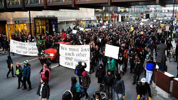 Акция протеста Жизнь чернокожего имеет значение  в Миннеаполисе