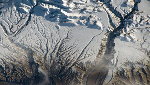 Съемка Гималаев около китайско-индийской границы, в районе Кашмира. Архивное фото