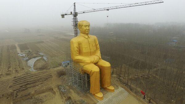 Снос статуи Мао Цзэдуна в Китае