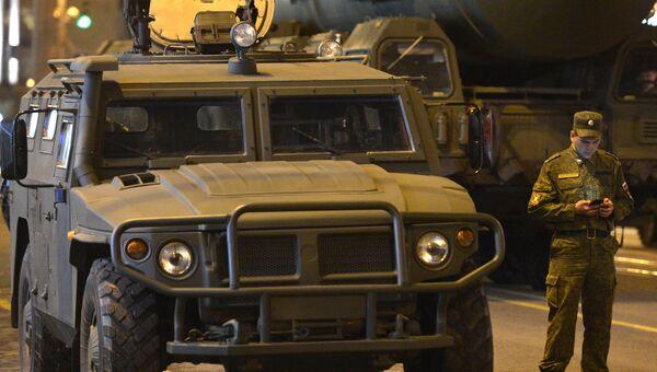 Бронированный автомобиль ГАЗ-2330 Тигр. Архивное фото