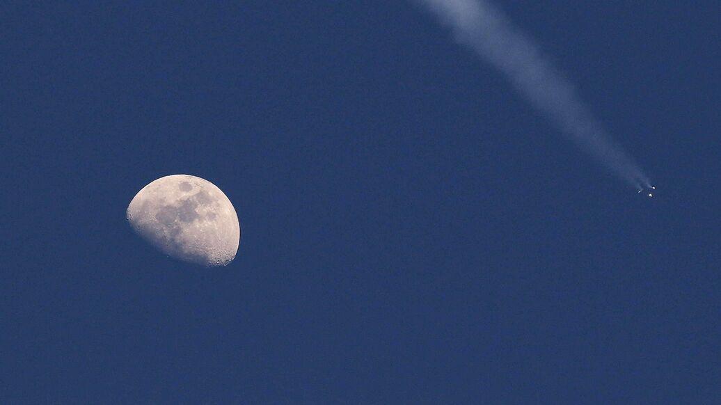 """Россия построит лунный """"Союз"""" за свой счет, сообщили в космической отрасли"""