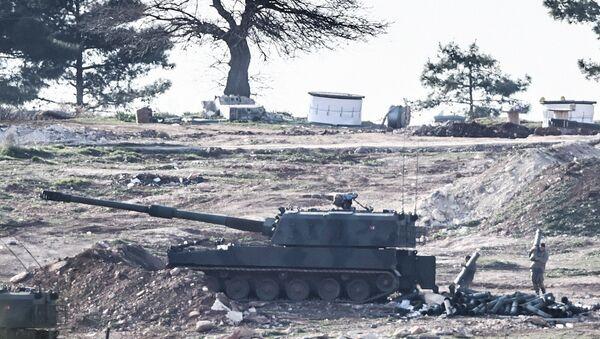 Турецкие военные на границе с Сирией. Архивное фото