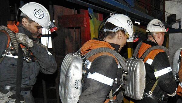 Горноспасатели в шахте. Архивное фото