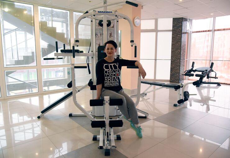 Крымчанка Елена Семенова – фитнес-тренер, управляющая фитнес-студией в Симферополе и заботливая мама троих детей
