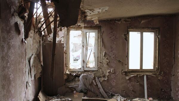 Последствия обстрела Макеевки в Донецкой области. Архивное фото
