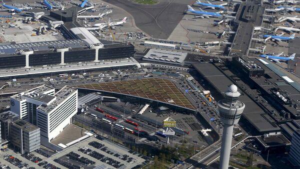 Аэропорт Схипхол в Амстердаме