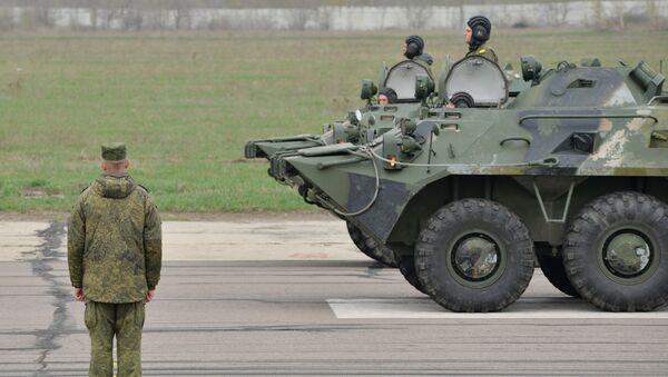 Механизированные парадные расчеты войск Воронежского военного гарнизона Западного военного округа. Архивное фото