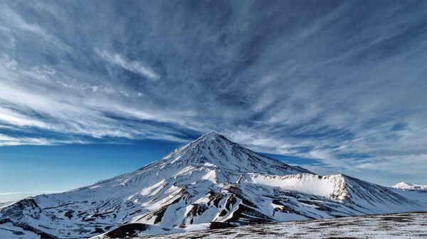 Вулканы Камчатки. Архивное фото