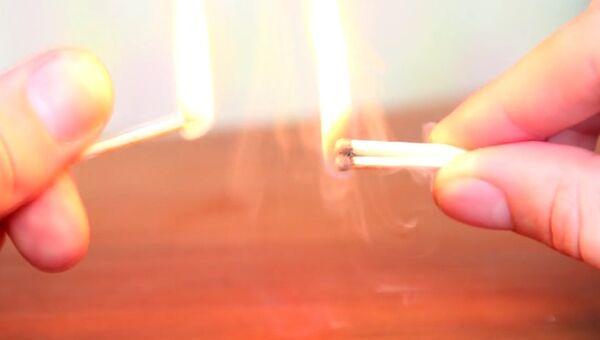 Как поджечь спички без коробка