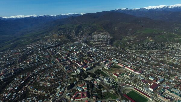 Окрестности города Степанакерта Непризнанной Нагорно-Карабахской Республики. Архивное фото
