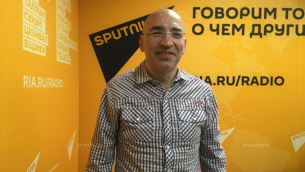 Леонид Крутаков, политолог, публицист