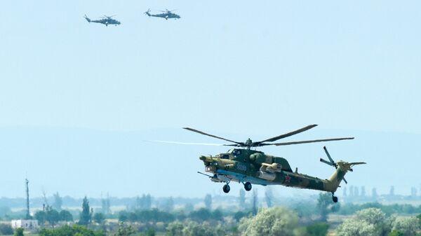 Вертолеты ВКС РФ в Крыму. Архивное фото