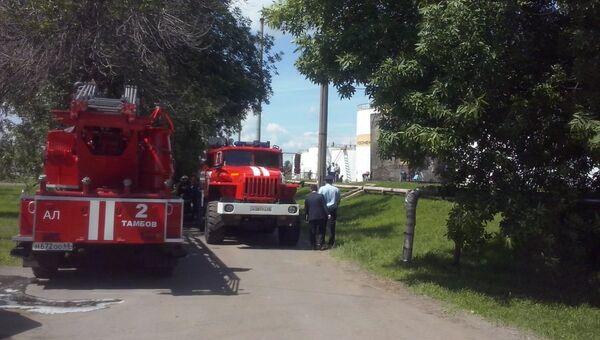 Пожарные на нефтебазе в Тамбове