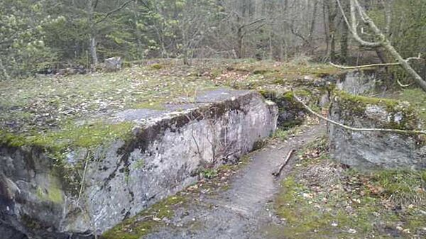 Немецкий бункер в Мамерках, где в 2016 году велись поиски Янтарной комнаты