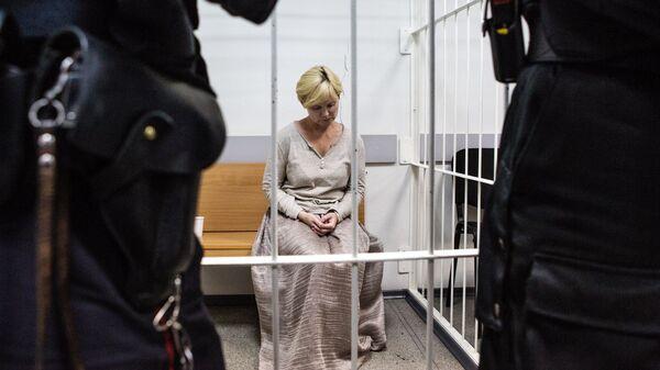Директор компании Парк-отель Сямозеро Елена Решетова в здании суда Петрозаводска