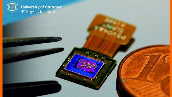 Миниатюрная камера, напечатанная прямо на чипе