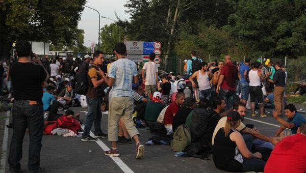 Беженцы на сербской границе. Архивное фото
